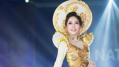 Áo dài của Phương Nga vào top 10 trang phục truyền thống Miss Grand