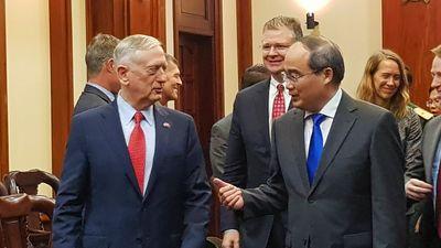 Bộ trưởng Mattis đến TP.HCM, tái khẳng định cam kết với Việt Nam