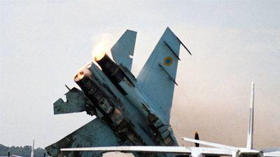 Lần đầu tập bay với Su-27 Ukraine, phi công Mỹ tử nạn?
