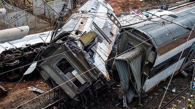 Hiện trường của thảm kịch tai nạn tàu ở Maroc khiến 100 người thương vong