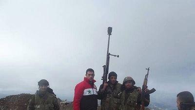 Xạ thủ Syria hạ 2 tay súng thánh chiến ở Hama
