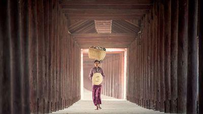 Vẻ đẹp của người phụ nữ trong lao động trên khắp thế giới