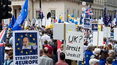 Hàng trăm nghìn người Anh biểu tình phản đối Brexit