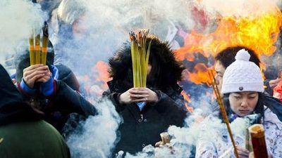 Cảnh báo những tác hại kinh hoàng của khói hương
