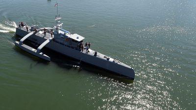 Mỹ thử nghiệm xuồng không người lái SeaHunter chống tàu ngầm Nga, Trung Quốc