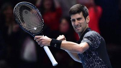Đánh bại Alexander Zverev 2 - 0, Djokovic giành vé vào bán kết ATP Finals 2018