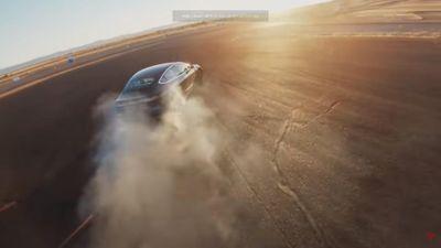 Khám phá chế độ lái mới giúp Tesla Model 3 nhanh hơn cả Ferrari