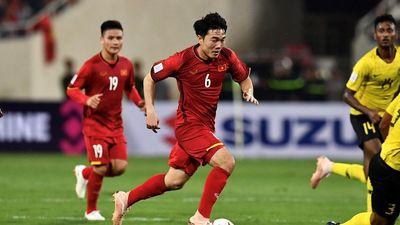 Quốc Vượng: 'Sẽ rất nguy hiểm khi hàng tiền vệ Việt Nam gặp Thái Lan'