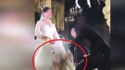 Cô dâu đòi thêm 700 triệu tiền sính lễ khiến chú rể đập nát hoa cưới