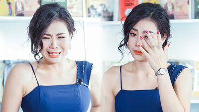 Clip: Thanh Hương 'Quỳnh búp bê' giả điên xuất thần khiến fan rùng mình trên sóng livestream