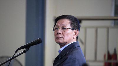Clip: Ông Phan Văn Vĩnh khai bán cây cảnh để lấy tiền mua đồng hồ 1,1 tỷ đồng từ Nguyễn Văn Dương