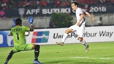 Xem lại bàn thắng hợp lệ của Văn Toàn nhưng trọng tài không công nhận