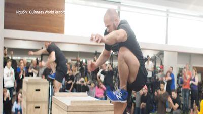 Kỷ lục thế giới nhảy cao một chân vừa được xác lập