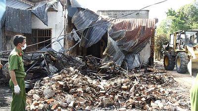 Đau đớn mất vợ và 2 con trong vụ cháy xe bồn thảm khốc