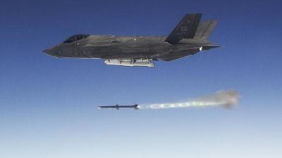 Australia nhận F-35 giữa nghi ngờ về chi phí và hiệu quả