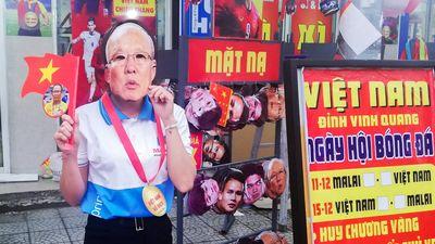 Nước rút, cổ động viên Đà Nẵng xuống đường tiếp lửa cho tuyển Việt Nam