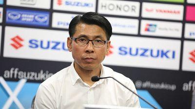 HLV Tan Cheng Hoe: 'Còn 90 phút nữa, Việt Nam đừng vội mừng'