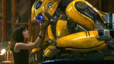 Đổi đạo diễn Michael Bay, 'Bumblebee' lập tức nhận mưa lời khen khi ra mắt