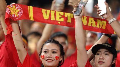 3 con đường 'nhậu xuyên đêm' ở TP.HCM để cùng vui cổ vũ tuyển Việt Nam