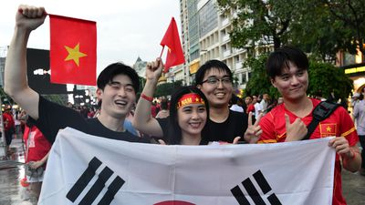 Cổ động viên Hàn Quốc mong tuyển Việt Nam vô địch AFF Cup