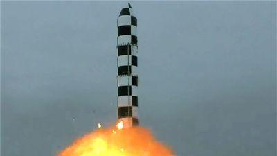 Lực lượng tên lửa chiến lược Nga khoe sức mạnh nhân kỷ niệm 59 năm