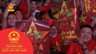 KHÔNG KHÍ ĂN MỪNG VIỆT NAM VÔ ĐỊCH AFF CUP 2018
