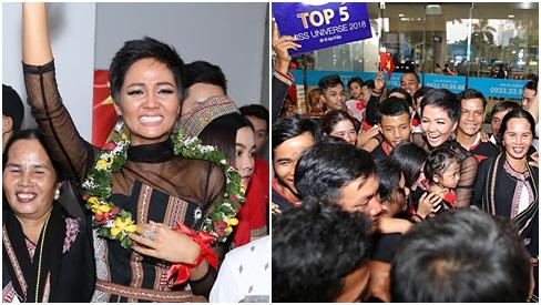 Trở về từ Miss Universe 2018, H'Hen Niê khóc nức nở khi chứng kiến dân làng Ê Đê chào đón yêu thương