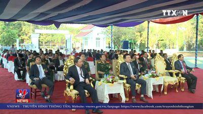 Bàn giao dự án viện trợ của Việt Nam cho Lào về giáo dục
