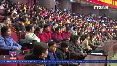 Chánh án TAND Tối cao Nguyễn Hòa Bình dự chương trình tết xum vầy ở Bắc Ninh