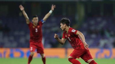 Trọng tài bắt quá hay, Việt Nam thắng và chờ đợi