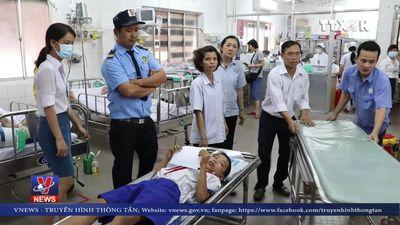 Hơn 50 học sinh nhập viện nghi ngộ độc thực phẩm