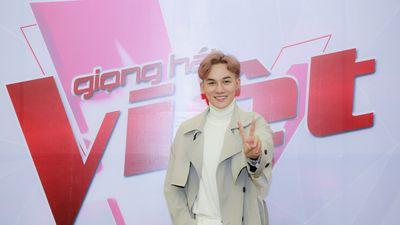 Clip: Ali Hoàng Dương say sưa thị phạm cho thí sinh trên ghế nóng casting The Voice 2019