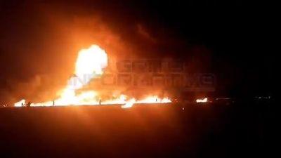 Kinh hoàng lửa cháy ngùn ngụt trong vụ nổ ống dẫn nhiên liệu ở Mexico