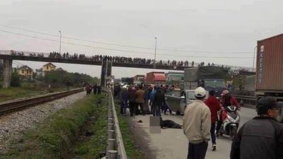 Quặn lòng hiện trường vụ tai nạn giao thông ở Hải Dương, 9 người chết