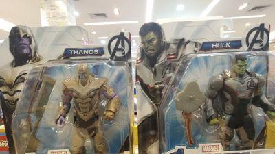 ' Avengers: Endgame': Đồ chơi Marvel hé lộ trang phục mới của nhóm biệt đội siêu anh hùng và Thanos