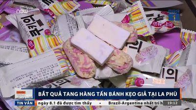 Bắt quả tang hàng tấn bánh kẹo 'đội lốt' hàng ngoại dịp Tết ở Hà Nội