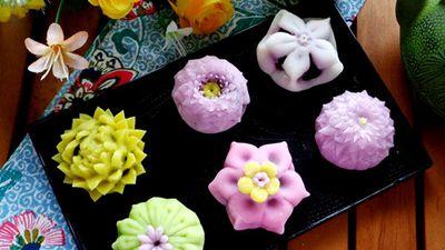 Mãn nhãn ngắm món bánh Wagashi đẹp như hoa của Nhật