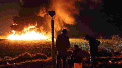 Thảm họa nổ ống dẫn dầu: hồi chuông báo động nạn trộm cắp xăng dầu Mexico