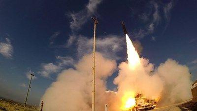Israel tung tên lửa chính xác nhất thế giới dọa đối thủ