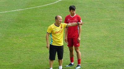 Văn Hậu cùng tuyển Việt Nam tích cực tập luyện trước tứ kết Asian Cup