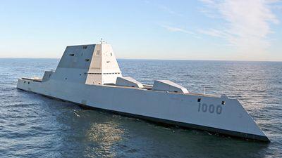 Đã năm 2019, khu trục hạm Zumwalt vẫn không có đạn bắn