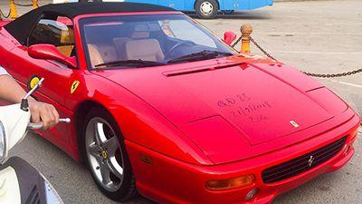Siêu xe Ferrari F355 Spider nhập lậu lăn bánh tại Hải Phòng