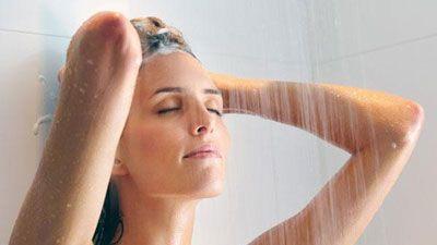 CLIP: Tắm đúng cách sẽ bảo vệ sức khỏe tốt