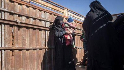 Tay súng IS tàn nhẫn giơ súng bắn vợ vì chạy trốn khỏi tổ chức