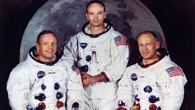 Neil Armstrong được tuyển vớt và những sự thật bất ngờ về NASA