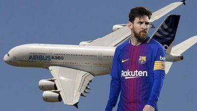 Tại sao máy bay không được bay qua nhà của Messi và Suarez?