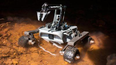 Robot thám hiểm vũ trụ được sơn kỳ công như thế nào?