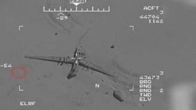 Iran trưng video chiếm quyền kiểm soát máy bay không người lái Mỹ