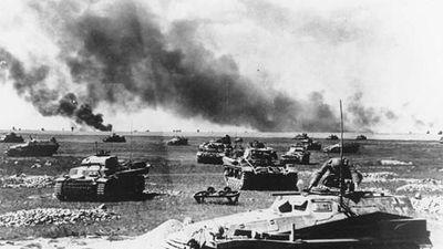Kinh ngạc xe tăng Liên Xô 'kìm chân' 5.000 quân địch