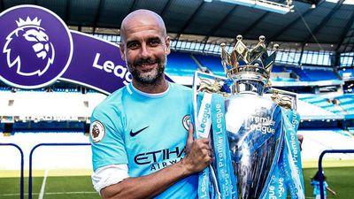 HLV Guardiola chia sẻ về khả năng Man City 'ăn 4'
